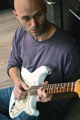 Barend Trom - gitaarles en basgitaarles